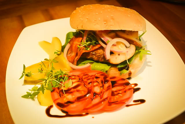 Venison Burger with Mushrooms and Bacon